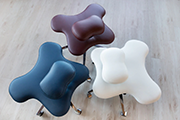 5 Office Chair You Can Sit Cross Legged In Smart Office